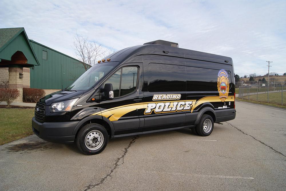 Command-3WS Ford Sprinter Van